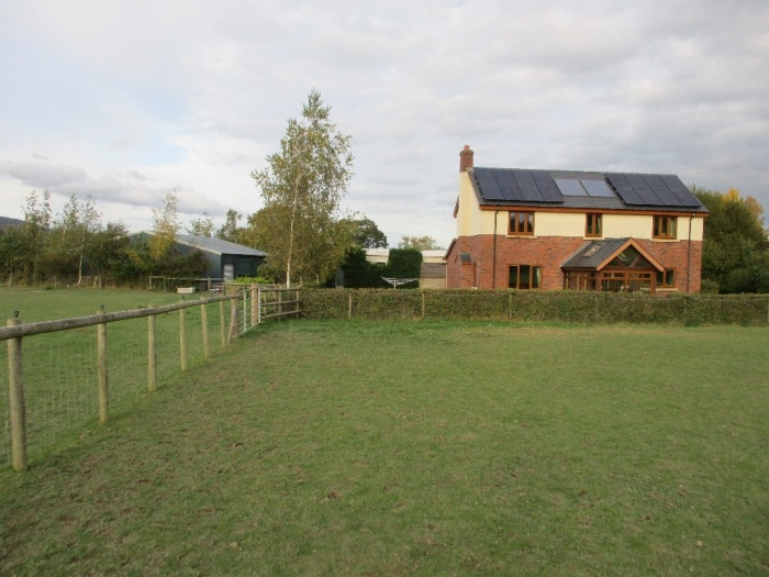 Smallholding with around 8 Acres of Land