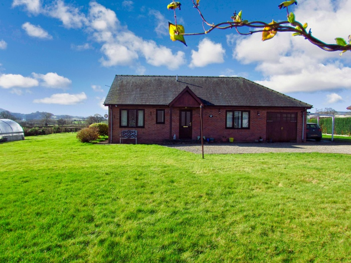 Detached Bungalow in the Radnor Valley